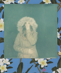 (Erica Pozza) Tags: blue woman verde green film girl vintage polaroid donna blu instant pola ragazza istantaneo pellicola instat impossibleproject