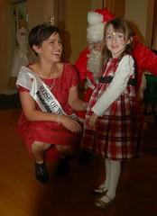 Niamh Regan with Maria Walsh and Santa