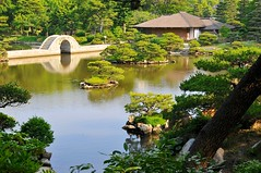 Tea house and bridge (the.bryce) Tags: japan hiroshima shukkeiengarden