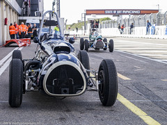 2014 Zandvoort Historic GP: Cooper Mk2 & Mk1 (8w6thgear) Tags: bristol historic grandprix cooper mk2 f2 zandvoort pitlane 2014 formula2 mk1 historicgrandprixcarassociation
