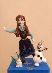 #Anna #Olaf #Frozen #Disney #Knitted #doll Tribute, my #copyright photo and knitted designs (Denise Salway) Tags: anna art olaf frozen snowman doll disney pixar tribute knitted denise fibre salway denisesalwaytheknittingwitchqueenelizabeth1henryviiitudorsdolldollsknittedfigureswooldesignedwolfhalldamehilarymantelthomascromwellwelshwalesharrodshobbittolkienavengersbooksfibrearthandmade celebknitteddoll