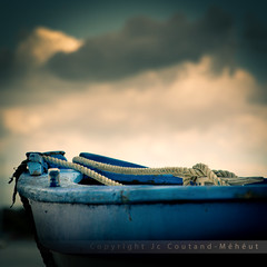 Blue boat (Jean-Christophe Coutand Mheut) Tags: blue sea mer storm fran