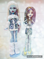 ** New Body for Abbey!! Comparison ** (NSW ) Tags: snow cute abbey monster high doll dolls body frankie fusion custom yeti stein mattel basic bominable