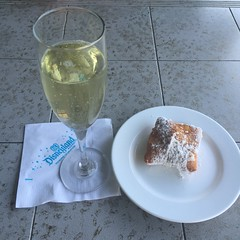Snack of champions! (Lennox / Sissel) Tags: beignet disneyland champagne anaheim grandcalifornian conciergelounge