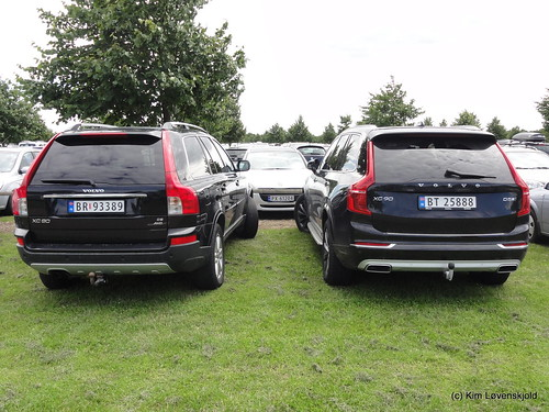 Old & new Volvo XC90