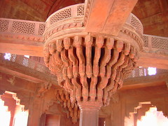 India. Mogul architecture at its best. The abandoned Mogul  or Mughal Fatehpur Sikri Palace near Agra. The carved redsandstone pillar of Diwan i Kas. (denisbin) Tags: indian palace moghul fatepursikri fatepursikripalace fatehpursikri mogul agra diwanikas