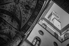 Perspectives de Florence : palazzo vecchio (Pierre dB) Tags: palazzovecchio firenze florence noiretblanc