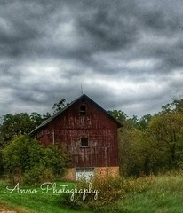 country barn with watermrk (natashajensen04) Tags: quotes trucks flowers winter spring summr fall black an white sunrise sunset buildings flags moon barns