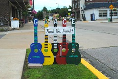 Grace Thanks you in Richland Center Wisconsin (Cragin Spring) Tags: guitar grace wisconsin wi midwest unitedstates usa unitedstatesofamerica richlandcenter richlandcenterwi richlandcenterwisconsin