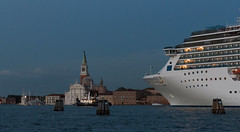_1310805.jpg (Caffe_Paradiso) Tags: venice venezia sangiorgiomaggiore cruiseship