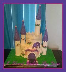 Castle Cake by Yari, Orlando, FL, www.birthdaycakes4free.com