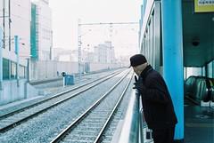 (airborne132) Tags: old 35mm subway fuji candid korea konica f2 c200 hexanon t3n