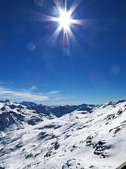 The Wild Side (Lollo [neon]) Tags: italy panorama montagne italia cielo neve sole inverno 3000 alpi lombardia paesaggio bormio stelvio bormio3000 canong15