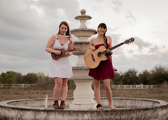 //// (Caroline Cirillo) Tags: sunset portrait music abandoned fountain ukulele florida tell guitar dusk who duo duet models band can guitarist zellwood