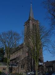 Sint-Willibrordus (1896) Heeswijk (Heeswijk-Dinther) (Kvnivek) Tags: tower church netherlands sony cybershot kerk noordbrabant heeswijk heeswijkdinther bernheze