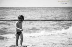 """The age of loving."" (Dario Gazzitano - Photography) Tags: kid child sea bn bw blackandwhite portrait portaiture seascape coast beach"