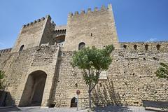 Murallas de Morella 2 (CarlosJ.R) Tags: espaa castillo castelln morella murallas