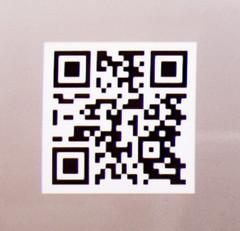 Train Hostel - Smart (saigneurdeguerre) Tags: europe europa belgique belgi belgien belgium belgica bruxelles brussel brssel brussels bruxelas ponte antonioponte aponte ponteantonio saigneurdeguerre canon 5d mark iii 3 eos schaerbeek schaarbeek train hostel trein auberge hotel auto smart voiture car