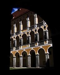 2016-07-17 (Gim) Tags: brixen bressanone altstadt hofburg bishopspalace palaispiscopal sdtirol trentinoaltoadige trentinosdtirol trentinhautadige trentintyroldusud tyroldusud alpi alpes alps alpen alperna italia italie italien gim guillaumebavire