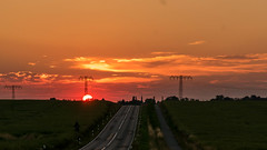 Go (ore drive) west (ralfkai41) Tags: landscape strasse sonne sonnenuntergang abendrot outdoor road sunset afterglow landschaft