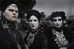 Hattrick (engl. hat trick) (Steve.frog) Tags: amphi kln cologne gothic black portrait sw bw weiss schwarz hattrickenglhattrick hat hattrick