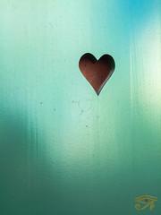 laisser une place (Myhoruseye) Tags: laisser une place amour manque toi volet alsace elsass leave love missing you shutter