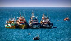 Barcos en Mejillones, Chile/Mejillones fishing boats, Chile (Victorddt) Tags: barcos ships pescadores pesca mejillones regindeantofagasta chile nikkor18200 nikond7000 photoshop nikondigital