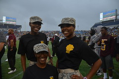 Beyond the Gridiron: Army Reserve engages fans, cadets, community at Florida Classic (My Army Reserve) Tags: rivalry army football orlando education texas general florida bowl soldiers citrus awareness leadership officer rotc ucf cadet wildcats armyreserve rattlers citrusbowl universityofcentralflorida ftsamhouston floridaamuniversity historicallyblackcollege reserveofficertrainingcorps floridacitrusbowl floridaclassic bethunecookmanuniversity 143desc 4thsustainmentcommandexpeditionary johncarkeet embryriddleaeronauticaluniversityespaillat143dsustainmentcommandexpeditionary normanbgreen fightingknightsbattalion