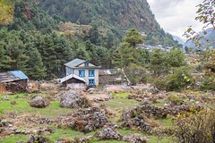 20141105 093 EBC Trek d15 Namche to Phakding (scottdm) Tags: november nepal khumbu day15 teahouse phakding 2014 solukhumbu easternregion ebctrek bergadventures