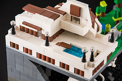 Microscale casa (Milan Sekiz) Tags: cliff house pool fossil boat casa waterfall view lego shore edge mansion build arhitecture jacht microscale