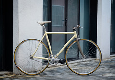 F550s Custom : Christian (Factory Five) Tags: china bike bicycle speed paul wooden factory shanghai ar 5 five cream gear son h single plus gran fixed fixie custom components brooks bespoke riser cambium mks compe restrap