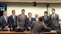 """Posse da presidência da Comissão de Minas e Energia • <a style=""""font-size:0.8em;"""" href=""""http://www.flickr.com/photos/49458605@N03/16093342774/"""" target=""""_blank"""">View on Flickr</a>"""