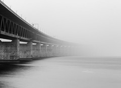 20140921-_MG_2308 (monsieur_PENG) Tags: bridge fog nebel sweden nd monochrom malm resund resundsbron oeresund resundbrcke