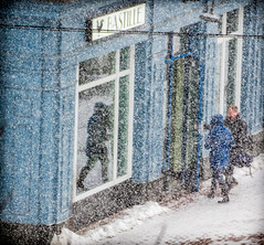 20150221_6279.jpg (jrnelsonphoto) Tags: usa snow cold alexandria weather restaurant virginia freezing bistro flurries dining blizzard goingout concepts qualitytime