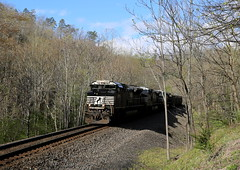 Descending (JayLev) Tags: mountain train ns coal norfolksouthern alleghenaies