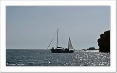 El barco velero (Lourdes S.C.) Tags: costa portugal barcos oceanoatlntico barcosavela elalgarve
