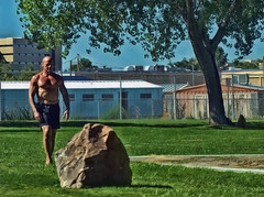 Mr. Muscle!  236/366 (Jo Zimny Photos) Tags: 366the2016edition 3662016 day236366 23aug16 man bodybuilder boulder park buildings