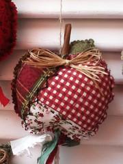 ma (Criao Exclusiva da Ane) Tags: vermelho patchwork cozinha ma tecido mbile