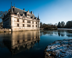 Azay 01 (arsamie) Tags: blue winter snow france reflection ice mirror indre centre le cher chateau loire renaissance rideau azay vallee