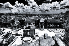 Angkor #10 (wianphoto) Tags: sky blackandwhite statue stone wall clouds temple sandstone asia cambodia khmer cloudy stones highcontrast wideangle olympus structure cairns angkor strongcontrast wideanglelens blackandwhitephoto pl5 insidethetemple olympus918mmm olympuspl5 olympuspenpl5 wianphoto
