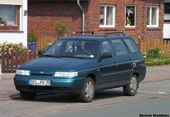 Lada Wagon (Schwanzus_Longus) Tags: 111 car estate german germany green lada russian station vaz vehicle wagon delmenhorst russia modern break kombi combi spotted spotting carspotting outdoor auto fahrzeug