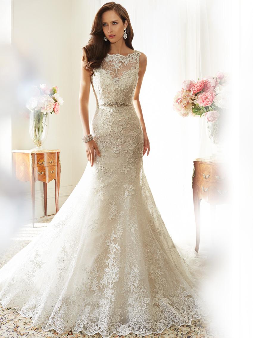Y11561_Designer-Wedding-Dresses-2015.jpg