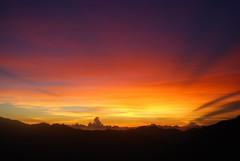 #holiday #taiwan #mountain #view #sunrise #landscape (charcoalonthego) Tags: mountain holiday sunrise landscape view taiwan