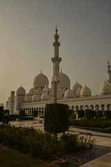 Sheik Zayed Grand Mosque - Abu Dhabi - 2 (coopertje) Tags: architecture gulf mosque emirates abudhabi unitedarabemirates grandmosque moskee sheikzayed sheikzayedgrandmosque