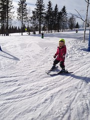 Natural skiing queen (Agnes Siljekil) Tags: ski oslo selma tryvann skidor vinterpark