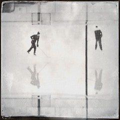(@jnathanson) Tags: winter ice hockey hipstamatic salvador84lens oggl dtypeplatefilm