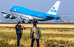 "KLM 747 in front of some spotters • <a style=""font-size:0.8em;"" href=""http://www.flickr.com/photos/125767964@N08/16647272592/"" target=""_blank"">View on Flickr</a>"