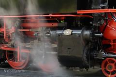 Steam machine (lg-photographic) Tags: old red black color rot colors train germany dark deutschland nikon long exposure outdoor alt machine zug steam brocken farbe schwarz harz dunkel farben drei langzeitbelichtung annen hsb dampfmaschine harzer schmalspurbahnen drausen hohne sachenanhalt d5200