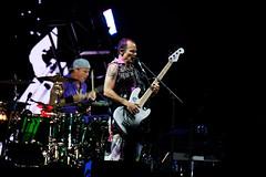 Mike B the Flea (DHaug) Tags: concert ottawa july bassist drummer fujifilm flea bassguitar rhcp redhotchilipeppers bluesfest 2016 chadsmith michaelpeterbalzary xpro2 xf100400mmf4556rlmoiswr