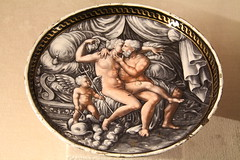 A kiss (just.Luc) Tags: woman fish man male museum female angel germany naked nude munich mnchen bayern deutschland bavaria donna mujer kiss couple nu ange femme plate erotica muse uomo engel poisson allemagne vis mythology vrouw hombre bord homme assiette duitsland kus baiser nudo trident desnudo residenz naakt eroticism mythologie beieren bavire drietand